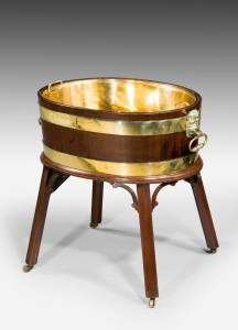 George III Gillows mahogany wine cooler/cistern